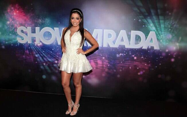 Anitta durante gravação do Show da Virada 2013