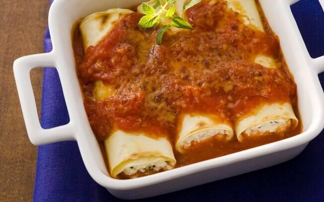 Foto da receita Canelone de ricota com molho de tomate rápido pronta.