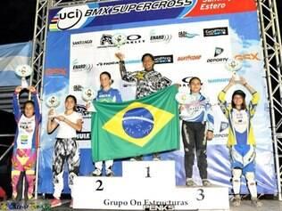 Luiza Souza levou Betim ao alto do pódio na Argentina