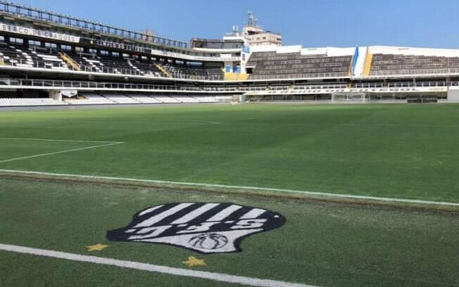 O museu e memorial da Vila Belmiro contam com uma seção exclusiva para o rei do futebol, Pelé