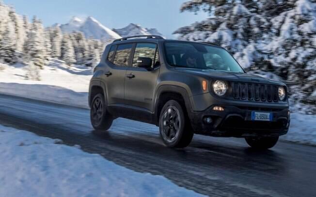 Jeep Renegade: SUV quase não mudou na Europa, onde recebeu apenas detalhes bem discretos