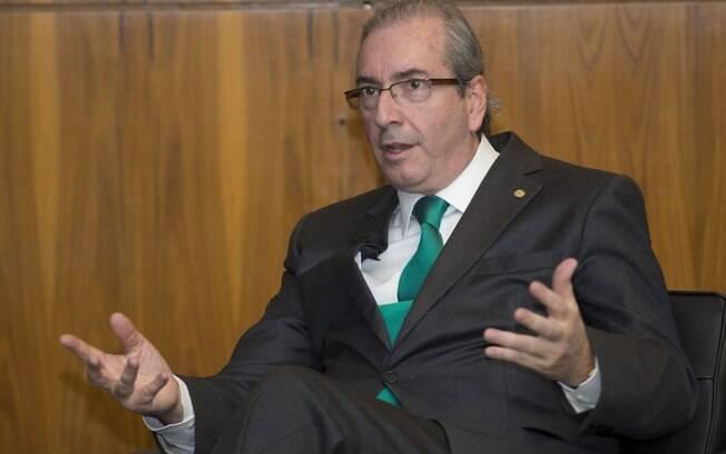 Eduardo Cunha (PMDB-RJ), rearticula apoio para a Proposta de Emenda a Constituição (PEC) que limita o número de ministérios