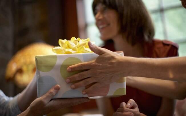 Um bom presente é aquele que consegue transmitir uma mensagem de consideração e carinho para o presenteado, independentemente do seu valor