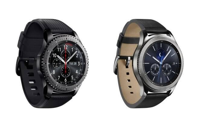 Samsung Gear S3 conta com duas versões: Frontier (esquerda) e Classic (direita)