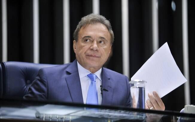 Álvaro Dias, senador eleito pelo PSDB, trocou o partido pelo PV