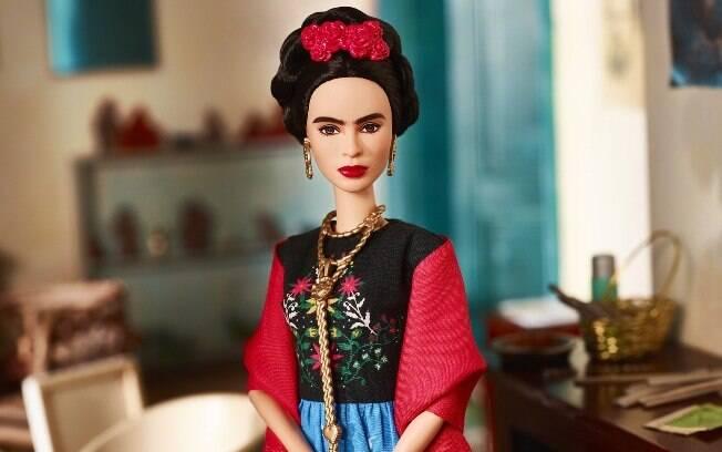 Em 2018, a Mattel lançou a linha Barbie Mulheres Inspiradoras, que homenageava ícones femininos como Frida Kahlo