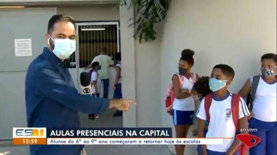 Repórter da Globo é surpreendido por criança
