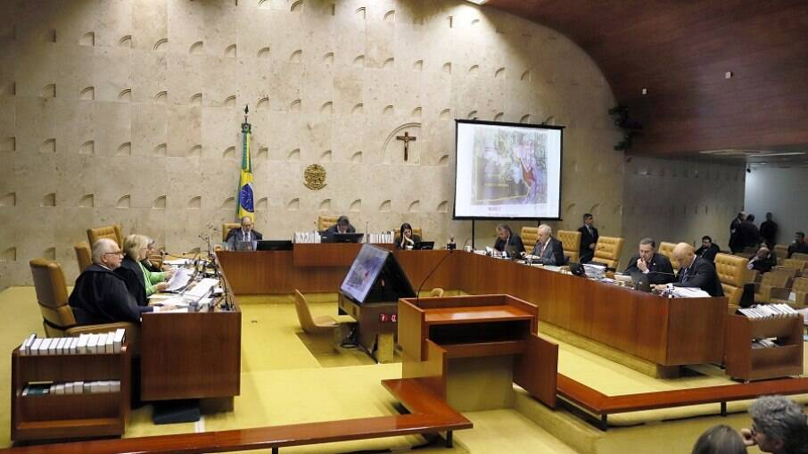 Julgamento durou dias e negou ação que pedia liberação de cultos e missas