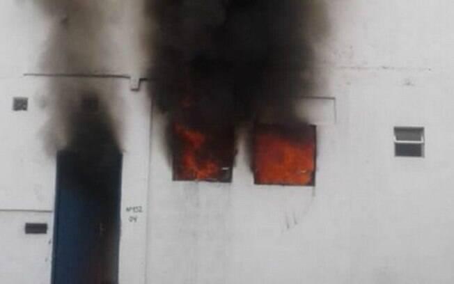 Três crianças morreram no incêndio; padastro é o principal suspeito
