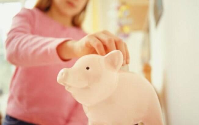 É preciso conversar com as crianças sobre dinheiro
