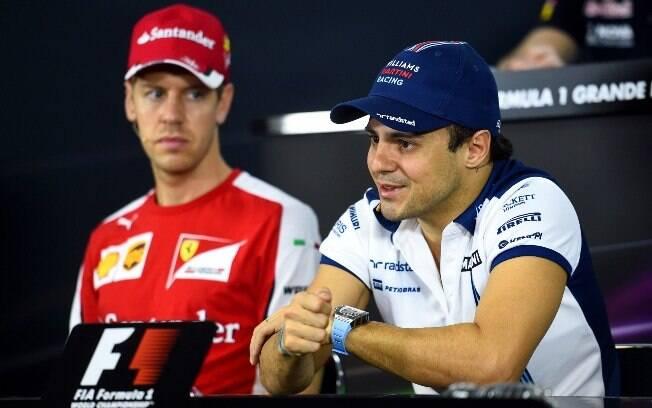 Felipe Massa ao lado de Sebastian Vettel durante coletiva da Fórmula 1
