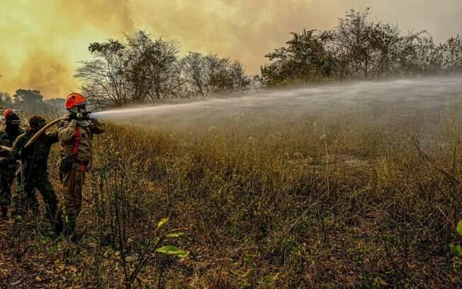 Combate aos incêndios na Amazônia e Pantanal iniciou com quatro meses de atraso