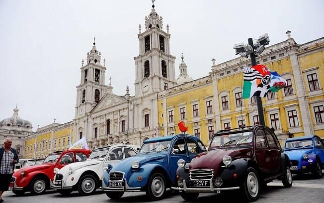 Citroën 2CV: uma história de sucesso na Europa e um dos precursores do conceito de carro simples para o dia a dia