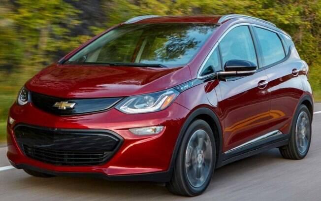 O Bolt EV é um dos carros elétricos mais vendidos do mundo é já é oferecido no mercado brasileiro