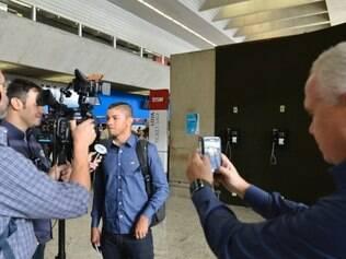 Cruzeiro embarcou nesta manhã para a Bolívia, onde fará sua estreia na Libertadores