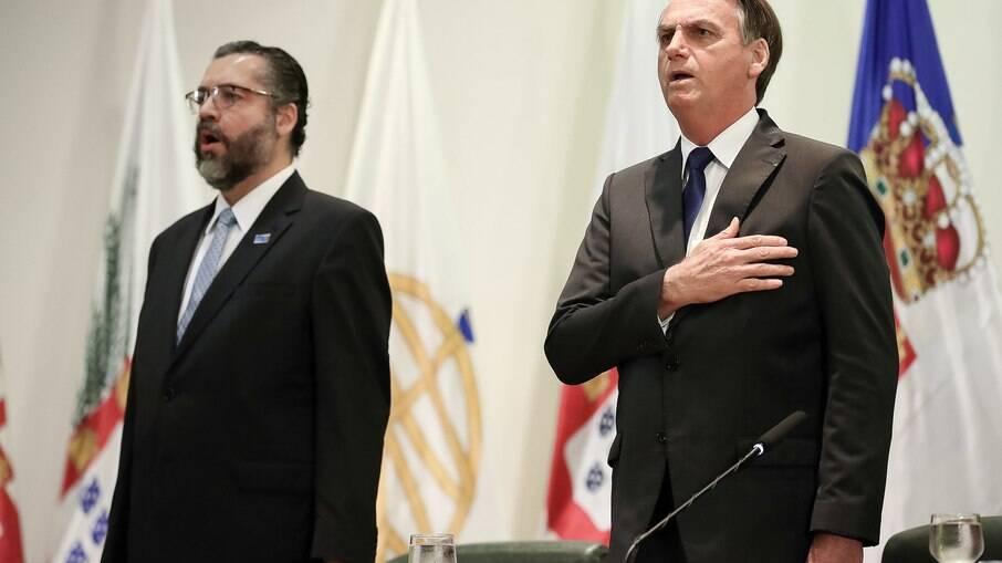 Ernesto Araújo disse que Bolsonaro faz governo