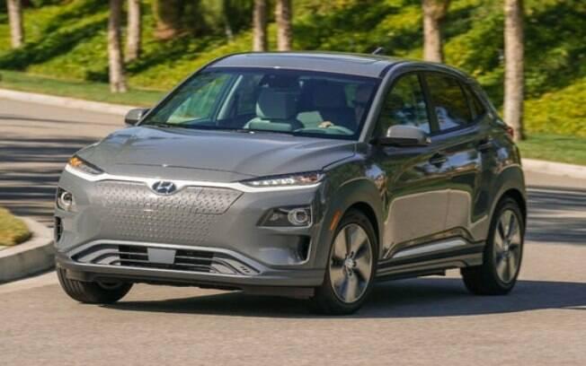 O Hyundai Kona é um SUV compacto bem equipado e entrega uma autonomia de 415 km entre os carros elétricos