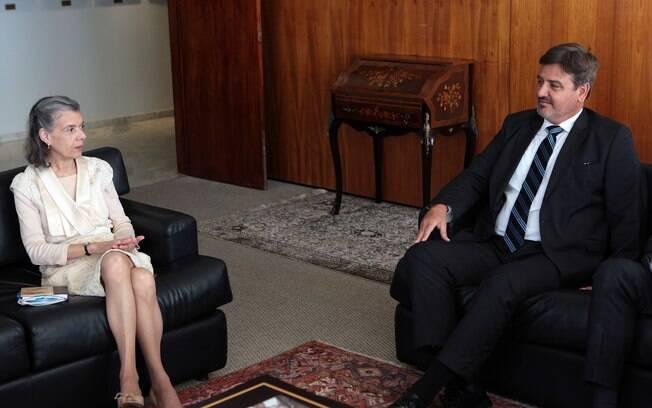 Presidente do STF, ministra Cármen Lúcia recebeu hoje o diretor-geral da Polícia Federal, Fernando Segóvia