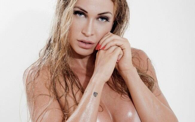 Jéssica Rodrigues, noiva do cantor Latino, em ensaio sensual para as lentes de Ricardo Cruz