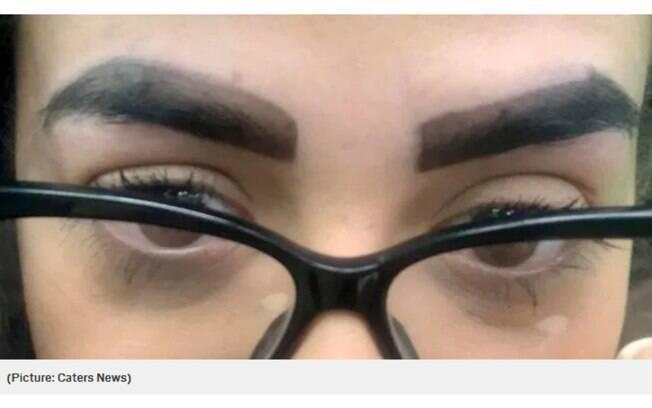 Megan disse que parecia que suas sobrancelhas foram 'pintadas com canetinha' depois do procedimento para tingir os fios