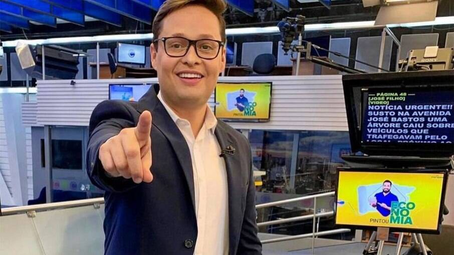 José Filho Cavaco é demitido de afiliada da Record após discussão com apoiador de Bolsonaro