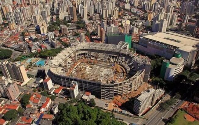 Foto aérea do Allianz Parque, novo estádio do  Palmeiras, em julho de 2013