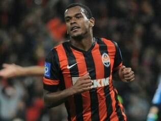 Fernando foi contratado pelo Shakhtar Donetsk-UCR junto ao Grêmio por cerca de R$ 30 milhões