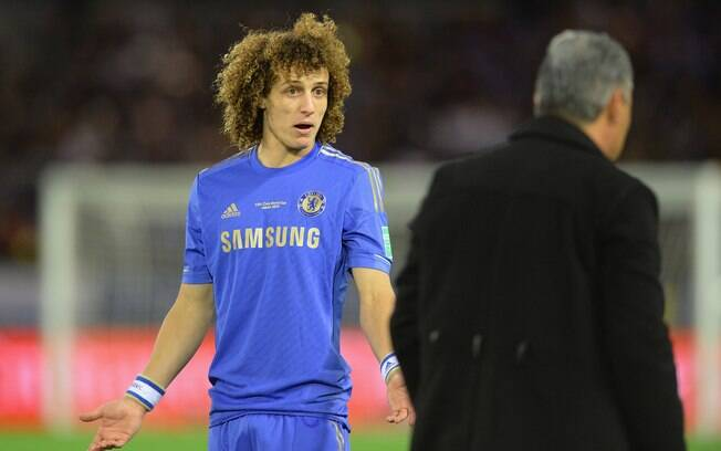 David Luiz pode deixar o Chelsea. PSG, Bayern  e Barcelona são os interessados