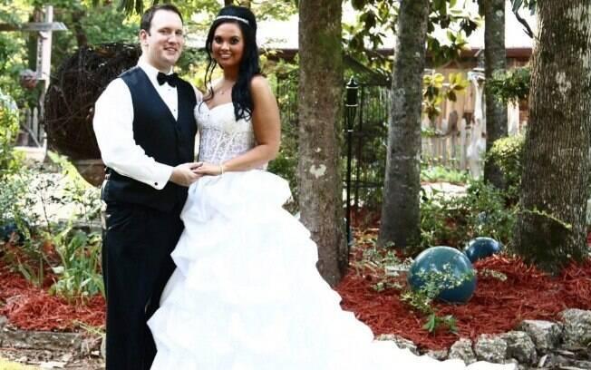 Alyssa Lusk fez uma dieta na qual bebia um galão de água por dia para emagrecer para o casamento