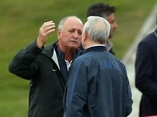 Felipão informou que já tinha combinado de entregar o cargo após o fim da Copa do Mundo