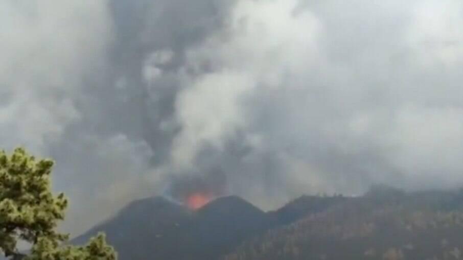 Onda de choque é gerada durante explosão do Cumbre Vieja