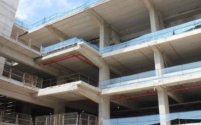 Construção interna do estádio