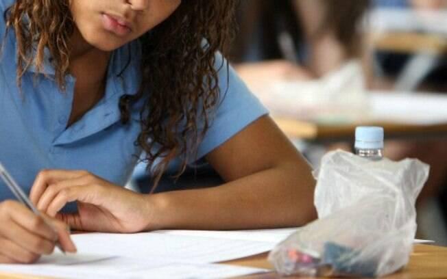 Perto do fim do prazo, poucos Estados e municípios entregaram planos de educação