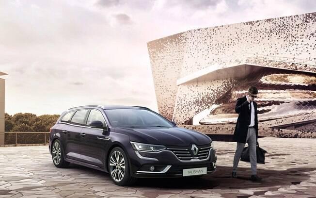 Renault Talisman está na lista de cortes da marca; modelo será descontinuado sem deixar substituto na Europa
