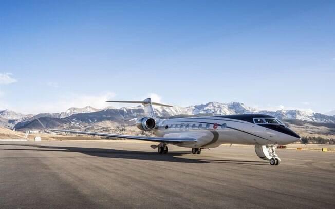 Gulfstream G700 completa mais de mil horas de voo