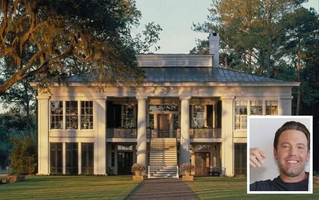 Mansões dos famosos: a propriedade de Ben Affleck tem várias construções, além de piscina e estacionamento para barcos