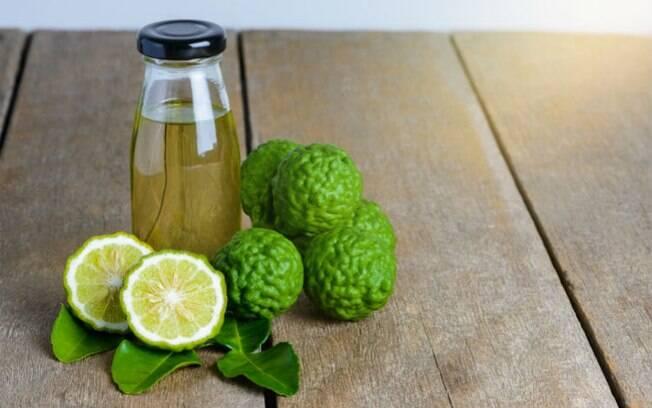 A acidez da bergamota auxilia no combate ao estresse, cansaço, ansiedade e irritação