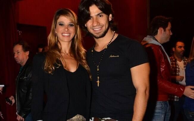 Dany Bananinha e Mariano fotografam juntos em evento em São Paulo