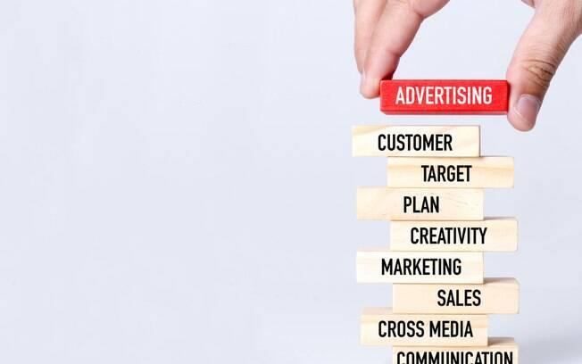 Publicidade infantil: regulamentação e proibições fazem anunciantes perderem 13% de receita; entenda