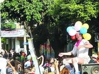 Bloquinhos de Carnaval no bairro Santa Tereza são tradicionais