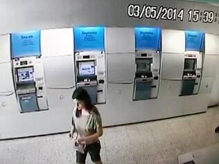 Câmeras de agência bancária registraram o momento que a tenente foi vista pela última vez, quando fez um depósito de R$ 30 mil para a irmã