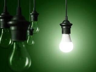 Luz na escuridão: é sempre bom lembrar que nem tudo depende exclusivamente de querer algo