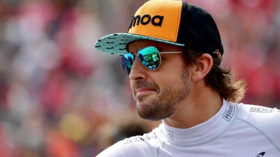 Fernando Alonso sofreu acidente de bicicleta