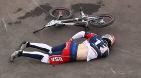 Ciclista sofre hemorragia cerebral após grave acidente