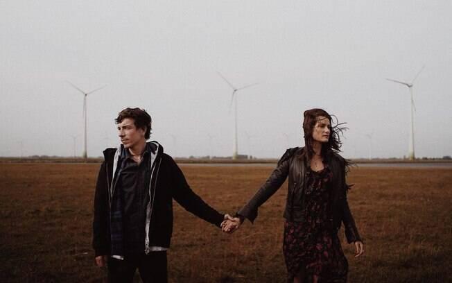 Di Ferrero e Isabeli Fontana são só love em novo clipe do cantor