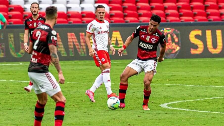 Flamengo e Inter brigam pelo título do Brasileirão