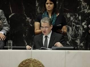 O novo presidente da ALMG eleito foi o deputado Adalclever Lopes, do PMDB