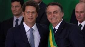 Bolsonaro parabeniza trabalho de Salles e critica investigações do