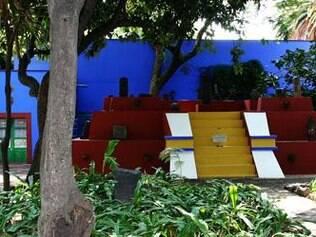 Jardim da Casa Azul, onde a pintora mexicana Frida Kahlo passou a  vida