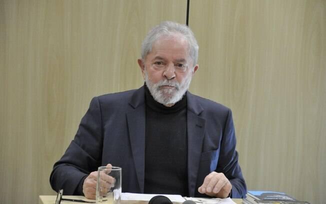 Lula durante audiência
